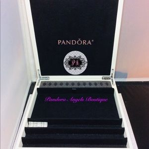 Pandora Jewelry - Pandora Leather Jewelry Storage Boc